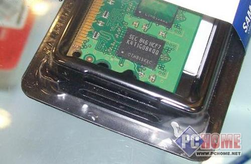 点击查看本文图片 三星 2GB DDR2 800(金条) - 春节将至 卖场最具人气内存条推荐