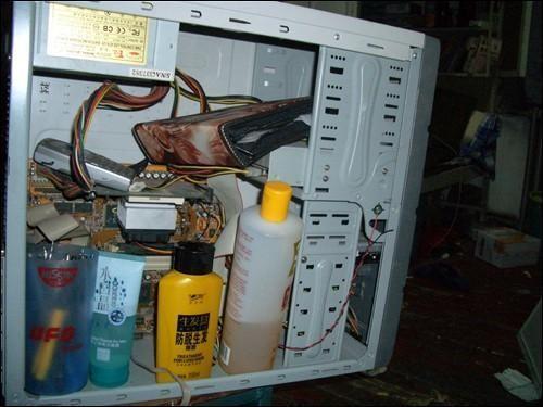 电脑/史上无敌恶搞电脑配件应用...